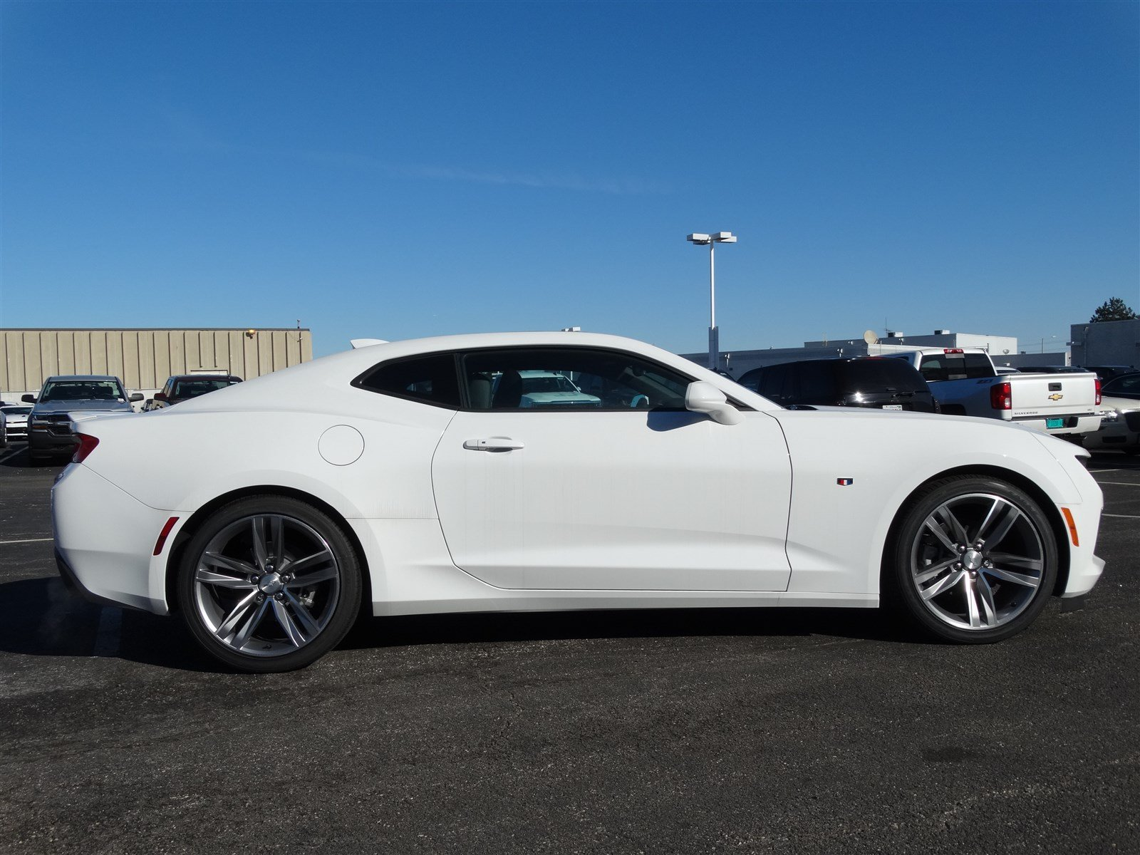 Watch furthermore Watch besides Watch besides New 2017 Chevrolet Camaro 2lt Coupe Rs Package Navigation Sunroof Leather 1g1fd1rsxh0136908 additionally 172039295650. on tahoe navigation radio