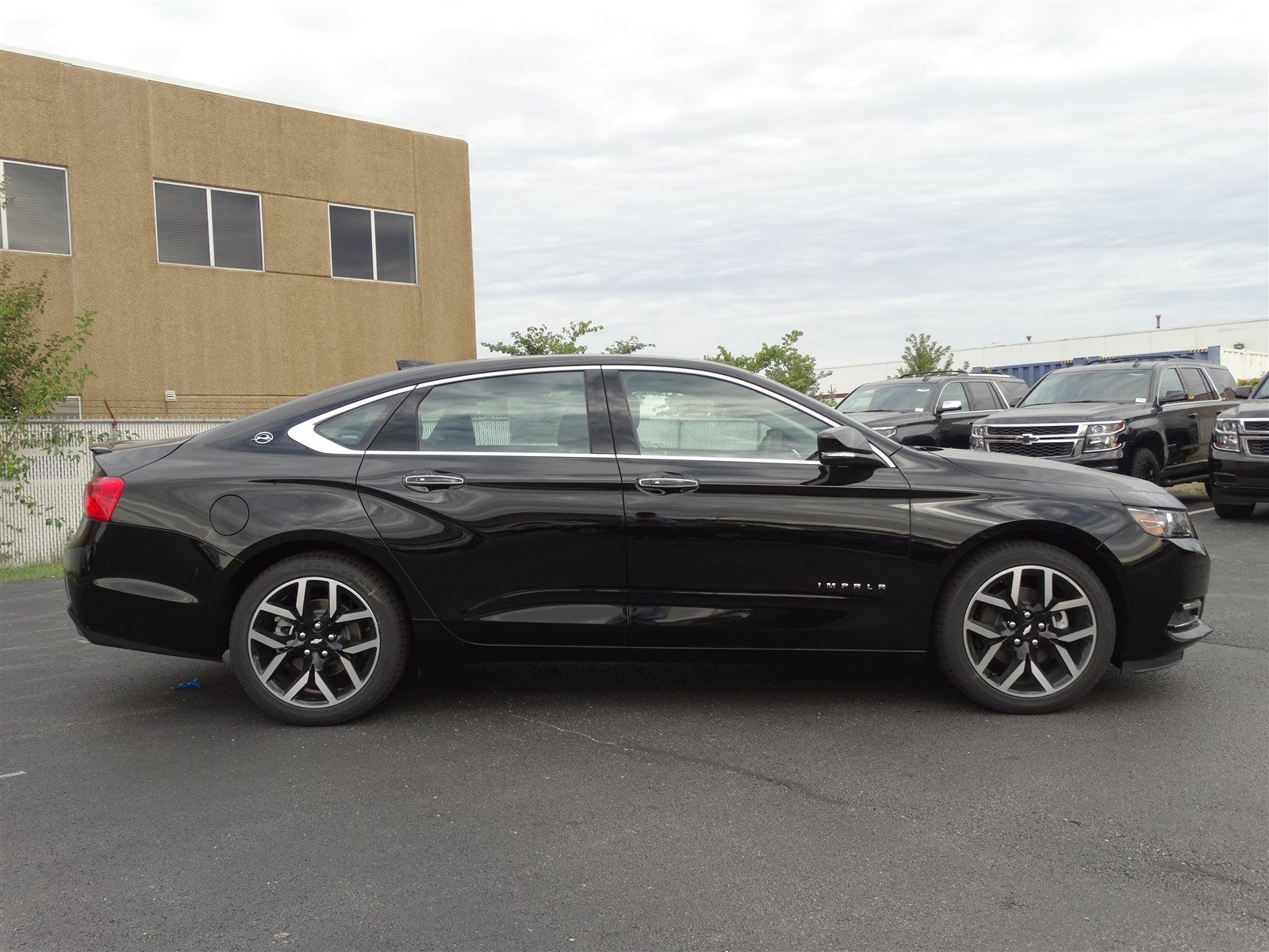 New 2018 Chevrolet Impala Premier 4dr Car In Naperville