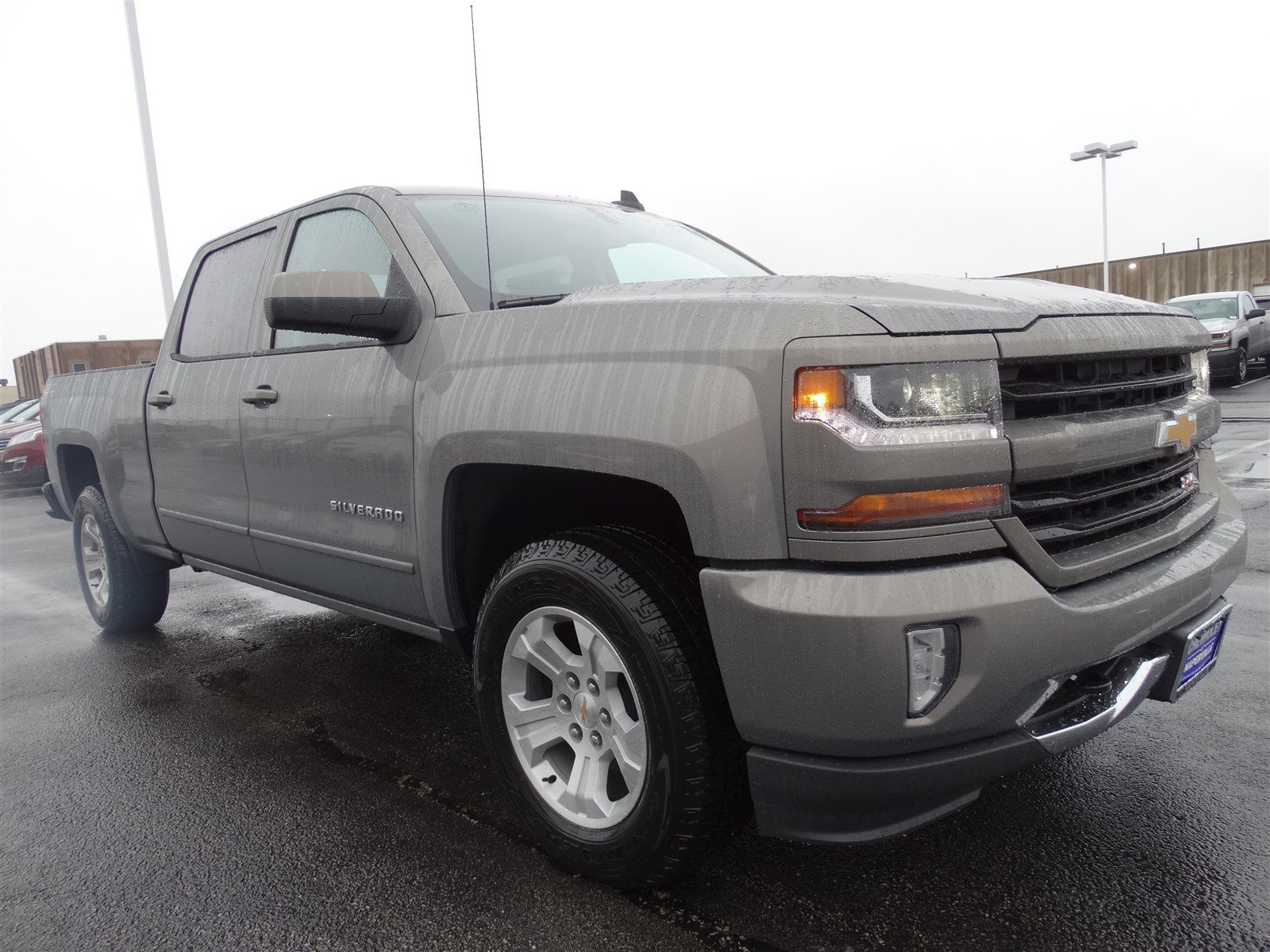 new 2017 chevrolet silverado 1500 lt crew cab pickup in naperville t6141 chevrolet of naperville. Black Bedroom Furniture Sets. Home Design Ideas